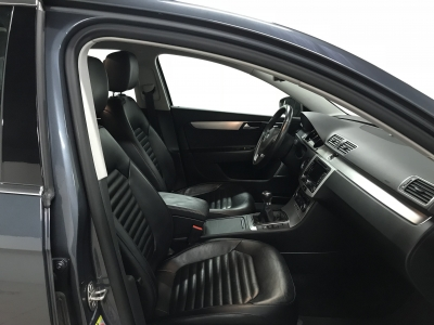 Volkswagen Passat VII 2.0 TDI 140 cv BlueMotion Technology Carat /